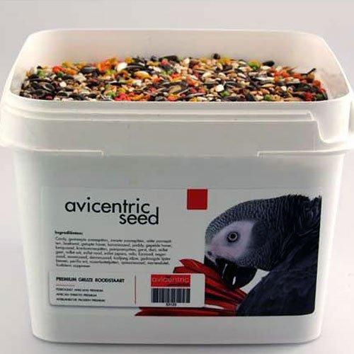 Productlabel AviCentric V.O.F.   Papegaaienvoer Premium Grijze Roodstaart emmer 2kg.